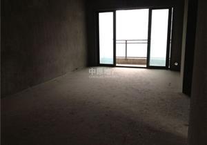 江北嘴北滨路珠江太阳城A区清水两房出售,客厅带阳台